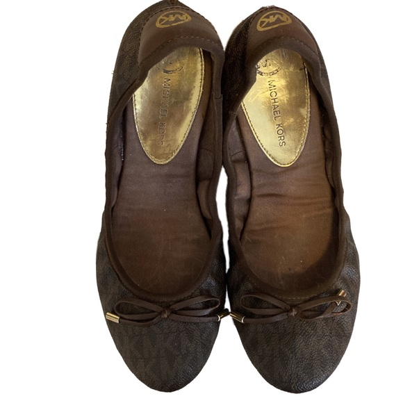 Brown City Ballet Flats With Mk Logo